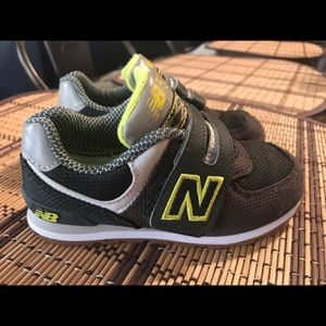 Toddler boy new balance sneakers size 9